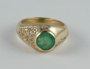 Emerald & Diamond 18ct Yellow Gold Ring