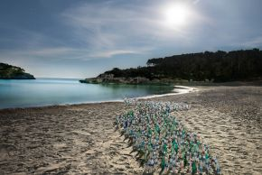 Dirk Krull-Plastic Army Invasion Coast-Digital Photography-120x90cm-2019