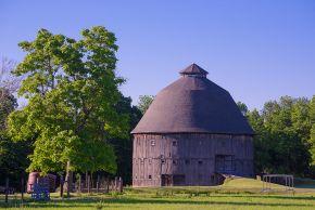 dana-round-barn-etsy